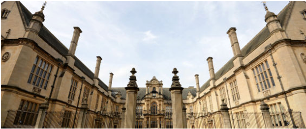 Could You Get Into Oxford? University Releases Tough Interview Questions